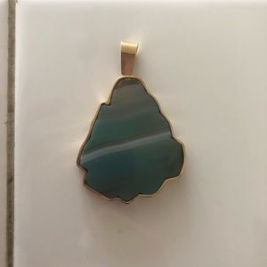 Jewelry - Crystal pendent
